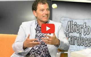 Premio a la excelencia en cirugia de mama - Entrevista en TV al doctor Jaime Garcia